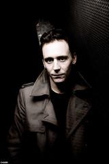1319229E (Hiddleston Angel) Tags: male london tom alone britain 14 soho posed personality actor feb 2011 hiddleston 9917412