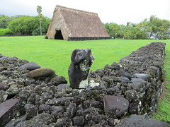 Canoe house enclosure, Kahanu Garden (Joel Abroad) Tags: house fence garden wooden canoe hawaiian thatch poles rockwall rafters kahanu ntbg piilanihaleheiau
