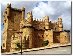 Toledo -Guadamur -castillo_2 (ferlomu) Tags: toledo castillo guadamur ferlomu