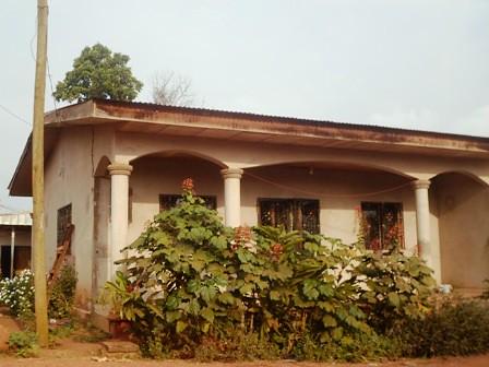 Maison (Villa) à vendre à Yaoundé, Odza - 3 chambre(s) - 20 000 000 FCFA