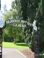 Beatrix Potter Garden,Birnam (Alan Longmuir.) Tags: tayside birnam beatrixpottergarden {vision}:{text}=0569 {vision}:{outdoor}=095 {vision}:{plant}=0898