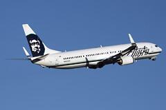 Alaska Airlines Boeing 737-990/ER N423AS (Flightline Aviation Media) Tags: alaska airplane airport aircraft aviation jet houston boeing airlines iah 737 stockphoto kiah 737900 georgebushintercontinental canon50d 737990 bruceleibowitz n423as 7761333