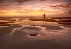 solo en la playa (anrapu) Tags: olympuse3