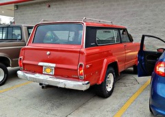 Jeep Cherokee Chief (Dave* Seven One) Tags: jeep°llll° jeep °llll° amc cherokee chief cherokeechief rusty dented rotted rot dings dailydriver classic vintage 4x4 quadratrac