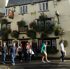 b02810 (beedee eye) Tags: england people walking pub cornwall padstow thegoldenlion
