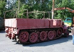 "SdKfz 9 Famo (6) • <a style=""font-size:0.8em;"" href=""http://www.flickr.com/photos/81723459@N04/9455169359/"" target=""_blank"">View on Flickr</a>"