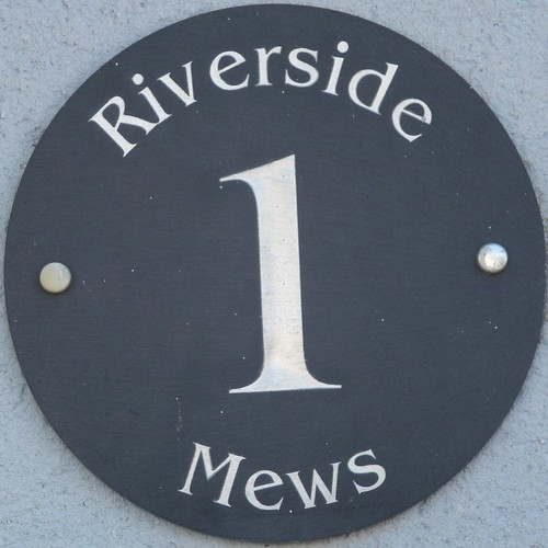 1 riverside mews