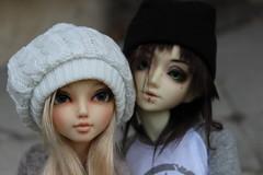 Mischa and Harper in Fall (Cube_BJD) Tags: mischa lbi harper 08 juri unoa minifee