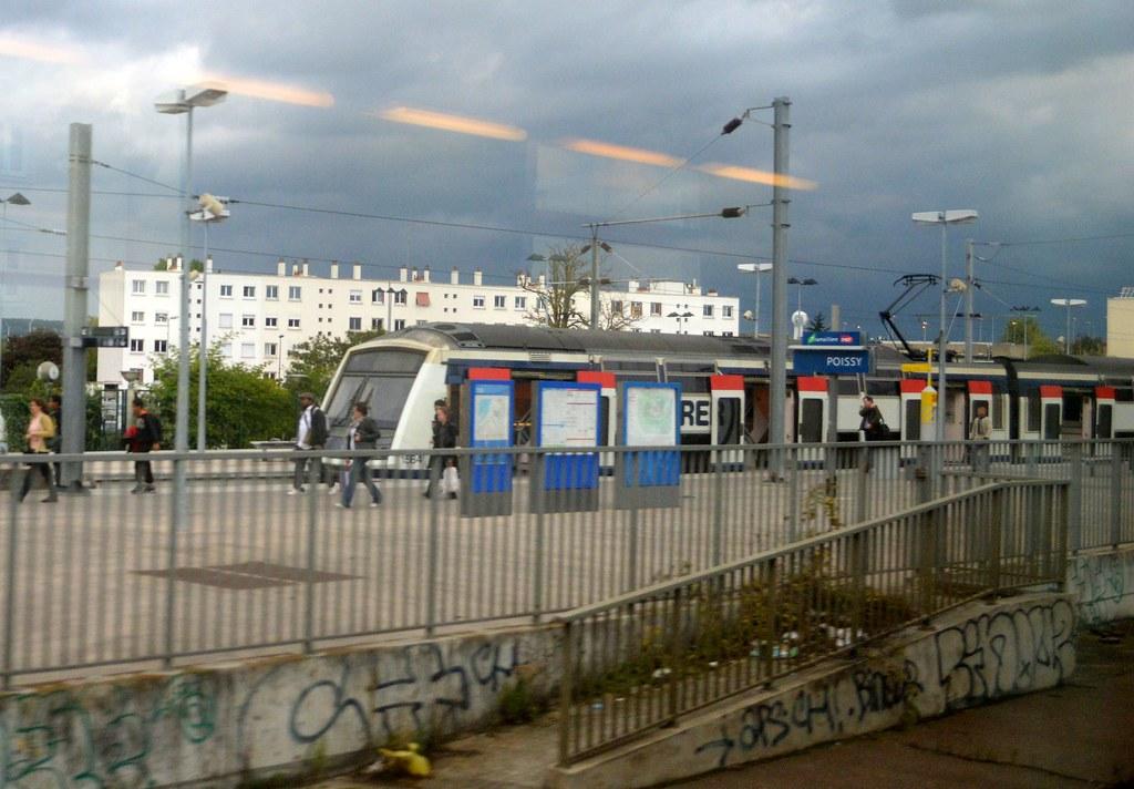 locomotive z arrival bahn francia 1500 ratp bahnsteig rer sncf ...