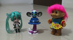Battle of the Toys convention Haul (terminatey) Tags: toys convention trolldolls minifigures hatsunemiku zoobles