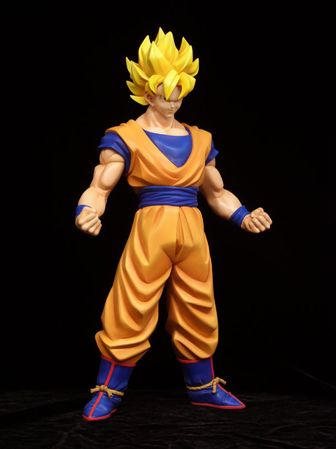 X-PLUS TOYS DRAGONBALL Z  超級賽亞人孫悟空