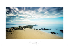 vila do conde (Emmanuel DEPARIS) Tags: mer beach portugal mar playa emmanuel jete deparis semaphoro