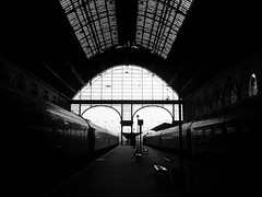 Budapest 7am CET (Fins from Budapest) Tags: morning station train hungary budapest east eastern keleti palyaudvar