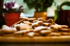 Christmas Cookies (daviwie) Tags: christmas cookies weihnachten austria sterreich gingerbread konica steiermark styria autoreflex oesterreich hexanon