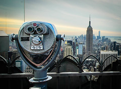 So Much City, So Few Quarters (Paco_X) Tags: nyc newyork skyline skyscraper binoculars empirestatebuilding rockefellercentre manhatten observationdeck