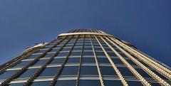 Window Cleaner (Arx Zyanos) Tags: sonya6500 sony a6500 ilce6500 dubai burjkhalifa uae vae emirates archtitecture architektur skyscraper glas window windows windowcleaner zeiss batis zeissbatis zeissbatis225 zeissbatis2520 blue blau