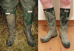 Muddy Hunters - wet & dry! (essex_mud_explorer) Tags: green rubber vintage gates hunter wellington boots rubberboots wellingtonboots wellingtons wellies welly hunterwellies hunterwellingtonboots hunterwellingtons hunterrainboots hunterboots mud muddy schlamm matsch boue gummistiefel gumboots rainboots rubberlaarzen