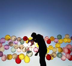 395 - The balloon blower (Ata Foto Grup) Tags: istanbul turkey türkiye baloonn blow colorful shoot shooting fun man silhoutte
