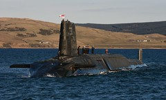 uk glasgow military free nuclear submarine equipment british defense defence trident ssbn royalnavy hmsvictorious vanguardclass shipsubmersibleballisticnuclear
