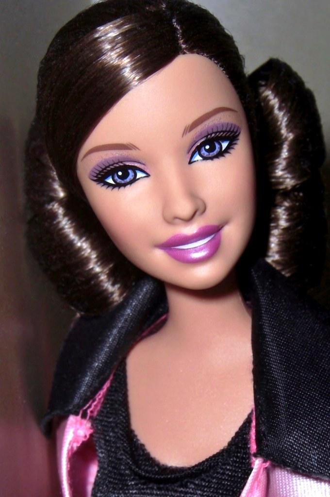 Brunette latyn doll