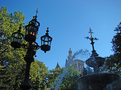 City Hall Park (Gijlmar) Tags: nyc newyorkcity newyork lamp america us unitedstates streetlamp unitedstatesofamerica eua farol estadosunidos luminria novaiorque novayork faroles tatsunis vereinigtestaaten verenigdestaten nowyjork stanyzjednoczone   amerikabirleikdevletleri