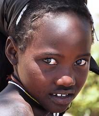 Menina Angolana (Sascha Grabow) Tags: africa people brown face kid child tribal tribe menina visage angola tribu triabe angoa mucubal mumuila saschagrabow