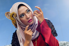 DSC00102 (balloonatic photography) Tags: beauty fashion closeup canon indonesia square photography town model sony hijab 55mm potrait ssc fd f12 bagus balloonatic depok 55mmf12 permana canonfd55mmf12ssc emount nex7 balloonaticphotography baguspermana