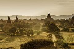 Myanmar (@lain G) Tags: fog day myanmar asie bagan cng birmanie