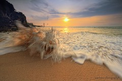 An Angry Wave (ManButur PHOTOGRAPHY) Tags: bali seascape beach wave explore manbutur manbuturphotography