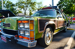 Wagon Queen Family Truckster (Chad Horwedel) Tags: classic illinois morris custom stationwagon griswolds wagonqueenfamilytruckster fordltdcountrysquire