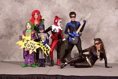 Bat Dance 04 (ittoku.lee) Tags: model cosplay center cc sd convention batman joker masquerade cosplayer dccomics catwoman con poisonivy harleyquinn nighthawk 2015 diegocomic sandiegocomicconsdccsan