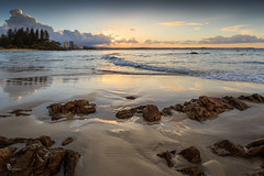 Rainbow Bay sunset (pbaddz) Tags: coolangatta beach sunset rainbowbay pacificocean australia clouds waves kirra queensland goldcoast rocks