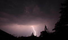 orage 2011-04-23 - 20.53.07 (Christophe ALAIN) Tags: storm france lightning iledefrance strom thunder orage yvelines clair foudre canon400d brval sigmadc1850hsm