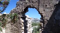 le chteau d'Aureille (Dominique Lenoir) Tags: france video ruins provence chteau castel ruines southfrance bouchesdurhne aureille castellas 13930 dominiquelenoir