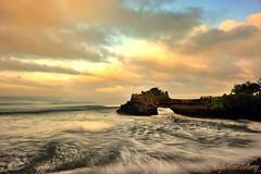 Tanah Lot - Batu Bolong, Bali (denimjuls) Tags: ocean travel sunset sky bali cloud tourism beauty sunrise indonesia surf religion lot wave hindu batu tanahlot tanah bolong