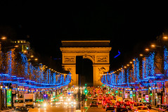 Paris de nuit illumination de noel 2013 (Christian Picard) Tags: christmas light field night de noel champ elysee christianpicardphotophotographenikond90journuit2013paris christianpicardphotophotographenikond90journuit2013parisexpressionenimageslexpressionlumierenaturellefrancefrenchimagegoogleyahoo パリシャンゼリゼ通りのクリスマスライト