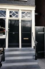 Classical style front doors in Amsterdam (DennisM2) Tags: voordeuren frontdoors stoepje stenenstoep stenentrapje bovenlicht haustür grachtengordel grachtenpand klassiekevoordeur classicalfrontdoor brievenbus mailslot canalhouse amsterdam