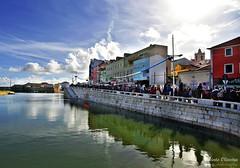 Peniche on Carnival day - Peniche no dia de Carnaval (Yako36) Tags: portugal peniche carnaval carnival city cidade mar sea nikon2485 nikond750