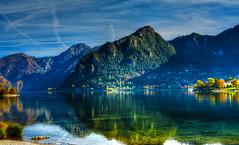 Zone d'ombra (giannipiras555) Tags: idro lago collina autunno verde riflessi ombra alberi landscape panorama spiaggia nikon paesaggio