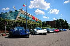 Vanishing Point 2013 Pagani Line Up (Soluz91) Tags: point s f r lh vanishing rs coup cinque evo zonda roadster passione pagani tricolore 760 764 2013 huayra