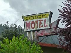 ORICK MOTEL ORICK CALIF (ussiwojima) Tags: california sign advertising neon motel ghostsign orick orickmotel