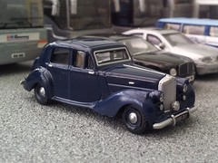 Blue Bentley (quicksilver coaches) Tags: model oo bentley diecast 176 markvi oxforddiecast