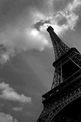 Paris: Eiffel Tower Mono (Pictures from the Ghost Garden) Tags: blackandwhite bw paris france monochrome architecture buildings blackwhite nikon eiffeltower eiffel blancetnoir d5000 weissundschwarz