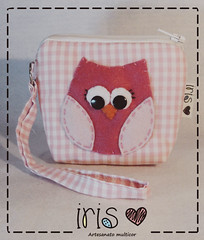 Corujando (IRIS - Artesanato Moderno) Tags: handmade artesanato craft coruja criao portamoeda irisartesanato