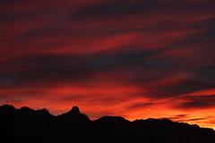Sonnenuntergang - Sunset in H.ünibach mit Stockhorn ( BE - 2`190m - Höchster Gipfel der Stockhornkette - Erschlossen mit L.uftseilbahn - Berg montagne montagna mountain ) in den Berner Voralpen - Alpen im Kanton Bern der Schweiz (chrchr_75) Tags: chriguhurnibluemailch christoph hurni schweiz suisse switzerland svizzera suissa swiss chrchr chrchr75 chrigu chriguhurni 1310 oktober 2013 hurni131025 kantonbern oktober2013 sonnenuntergang sunset coucher du soleil zonsondergang tramonto 夕日 stockhorn berg mountain montagne alpen alps voralpen albumstockhorn