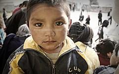 Niez (Marco Galindo / SenWeb) Tags: random cara retratos mirar caras mirada nio rostro niez mirando inocencia miradas rostros senweb