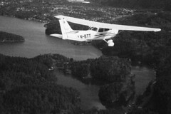 Cessna 172 (Berge Andreas) Tags: norway plane airplane aircraft flight bergen cessna 172