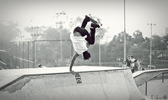 Mais uma de minhas sessões fotográficas com o Skate. (dalossi) Tags: canon insane awesome wheels tricks crew bosque skate maia spitfire trick sick sk8 t3i bosquemaia canont3i dalossi