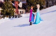 Anna and Elsa of Arendelle by Yuurisans Katsucon 2014 Disney Frozen Cosplay (WhiteDesertSun) Tags: anna snow cute cindy frozen cosplay disney karen convention kawaii elsa con katsucon 2014 desu yuurisans arendell yuuric yuurik