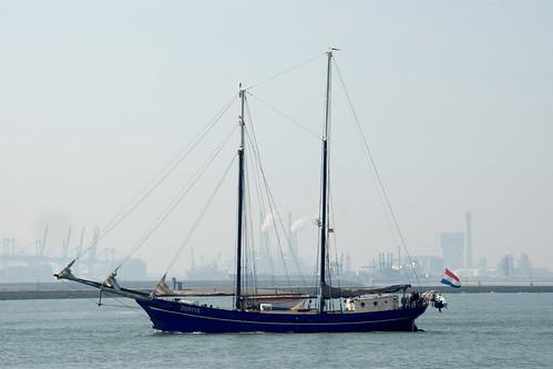 holland boat sailing hookofhollandferry